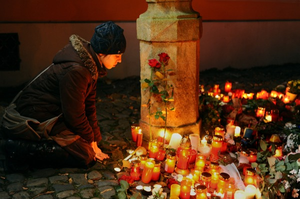 The Paris attacks have once again shown the brutal and horri c nature of the extremist groups claiming to represent Muslims but have nothing to do with Islam... © Bianca Dagheti. November 14th, 2015. Flickr